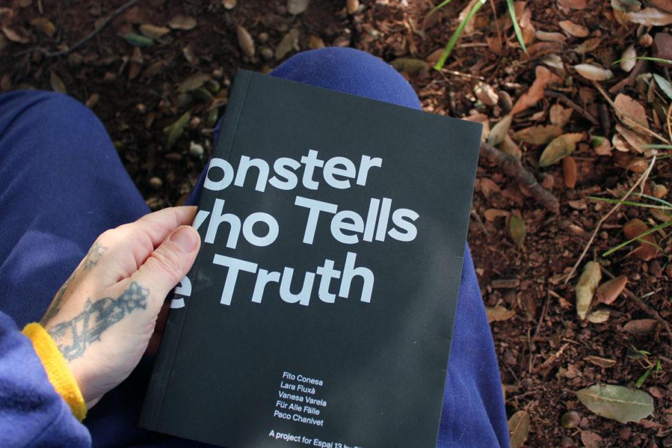 Portada catálogo Un monstruo que dice la verdad